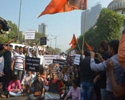 चित्रपटगृहांमध्ये बाहेरील खाद्यपदार्थ नेण्यास बंदी नाही - राज्यमंत्री रवींद्र चव्हाण