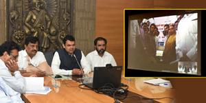 शेतकरी कर्जमाफीच्या प्रक्रियेत बँकांनी सकारात्मक भूमिका घ्यावी : मुख्यमंत्री