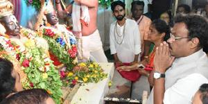 हरित महाराष्ट्र मिशनमध्ये महिंद्रा समुहाने सहभाग नोंदवावा : मुख्यमंत्री फडणवीस यांचे आवाहन
