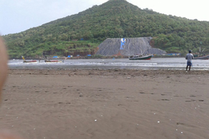 दादर चौपाटीजवळील समुद्रात तीन मुले बुडाली
