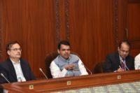दिव्यांगप्रती नागरिकांची संवेदना वाढविणे आवश्यक - महापौर ; महापौरांच्या हस्ते दिव्यांगाचा सत्कार