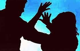 पतीचा लाकडी दांडक्याने प्रहार; पत्नीचा जागीच मृत्यू