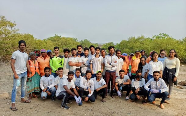 Clean up Campaign on Danapani Beach